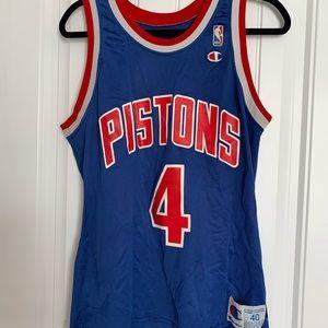 Tops - Pistons jersey